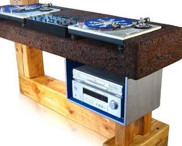 Recycling-DJ-Pult