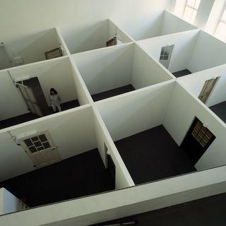 timm ulrichs betreten der ausstellung verboten doppelausstellung in hannover nur noch bis 13. Black Bedroom Furniture Sets. Home Design Ideas