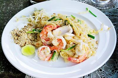 Thai Cooking  -  part I     Pad Thai mit Seafood