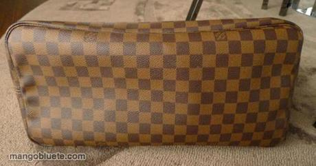 Shop my closet! Louis Vuitton Neverfull!