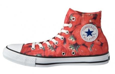Japan Import Converse Chucks - Erdbeer