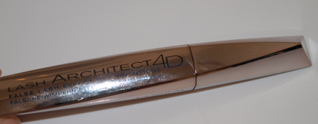 3D is soooo yesterday... L'Oreal Lash Architect 4D
