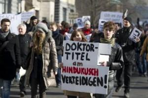 Anti-Guttenberg-Demo in Berlin