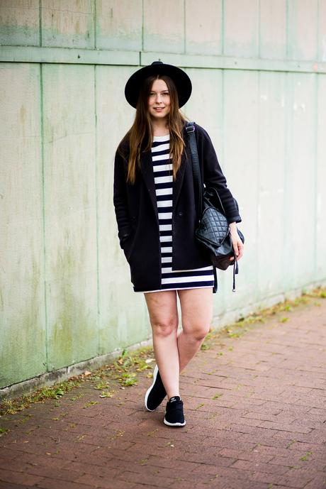 Casual Stripes Outfit