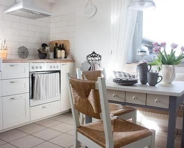 Der neue alte Küchentisch. Ein paar Impressionen aus der Küche