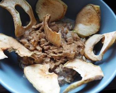 """Pur Porridge """"Arten Müsli – alte Sorten"""" mit Apfelchips & Zimt"""