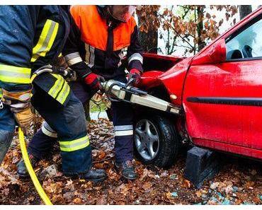 Tödlicher Autounfall Baesweiler – Frau kommt ums Leben