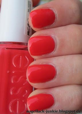 essie Sunset Sneaks [Peach Side Babe]