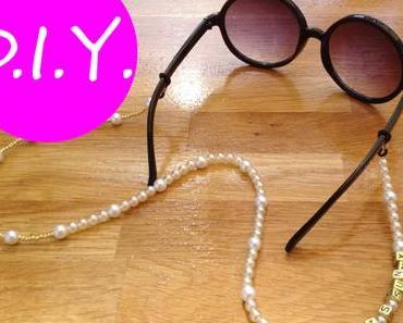 DIY: Brillenketten – mal glamourös, mal funny