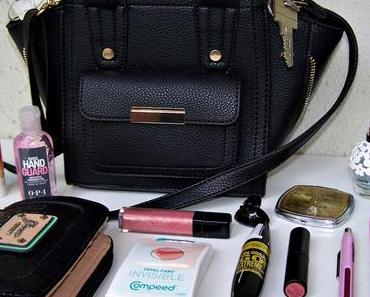 Whats in my Bag ?