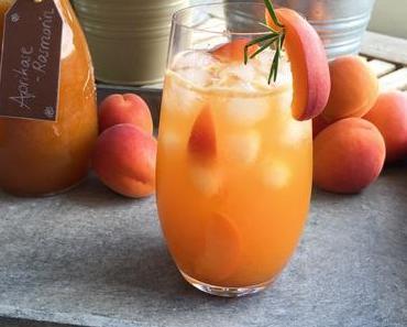 Aprikosen-Rosmarin-Limonade – Eine Kombination macht Lust auf LAPATIsserie