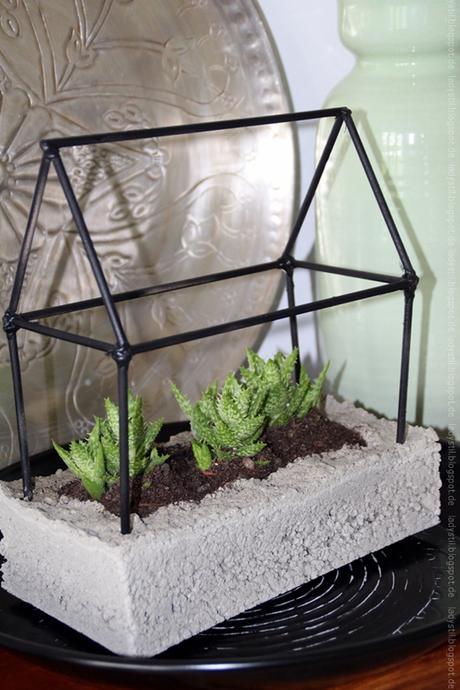 deko donnerstag mit beton deko f r den garten. Black Bedroom Furniture Sets. Home Design Ideas