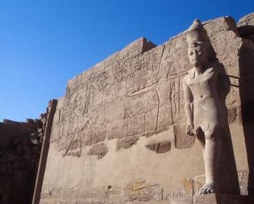 Foto: Statue im Hatschepsut-Tempel in Luxor