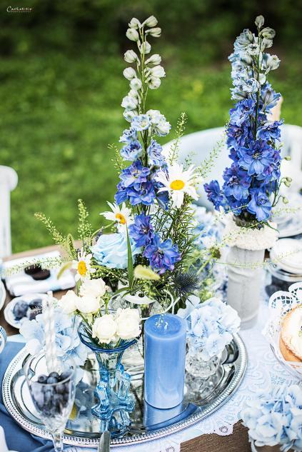 Blaue Quadrate Mit Tisch : blue moon tischdeko in der farbe blau ~ A.2002-acura-tl-radio.info Haus und Dekorationen