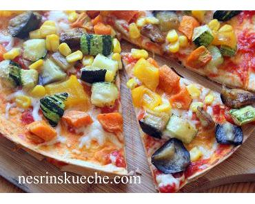 Tortilla Pizza mit selbstgemachte Cola-Slush Eis