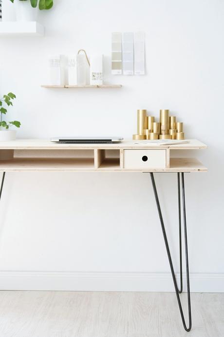 ein schreibtisch zum selberbauen. Black Bedroom Furniture Sets. Home Design Ideas