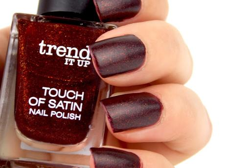 [NOTD] trend it up touch of satin nail polish 050