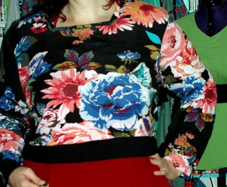 MMM - Enid Flower Sweater