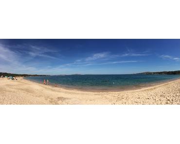 Kraft tanken am Strand von Tanca Manna auf Sardinien