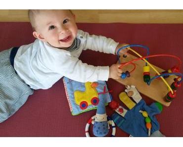 Die 10 besten Spielzeuge für Babys von 0 bis 12 Monate