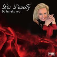 Pia Vanelly - Du Fesselst Mich