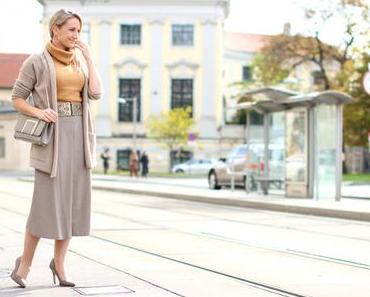Cardigan & midi skirt