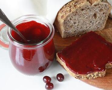 Rezept: Kornelkirsch-Marmelade | Wie schmecken eigentlich Kornelkirschen?