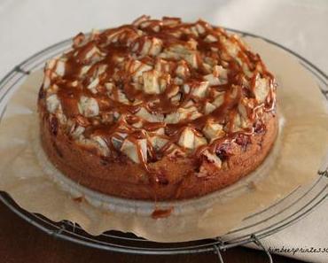Apfel-Walnuss-Torte mit Karamell