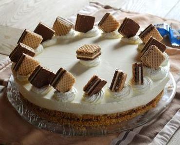 Köstlich-knusprige Knoppers-Torte {ohne Backen & mit Panna Cotta}