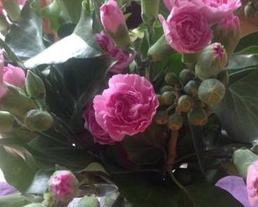 Flower Friday am Samstag – oder – Ein kleiner Blumengruß zum Wochenende