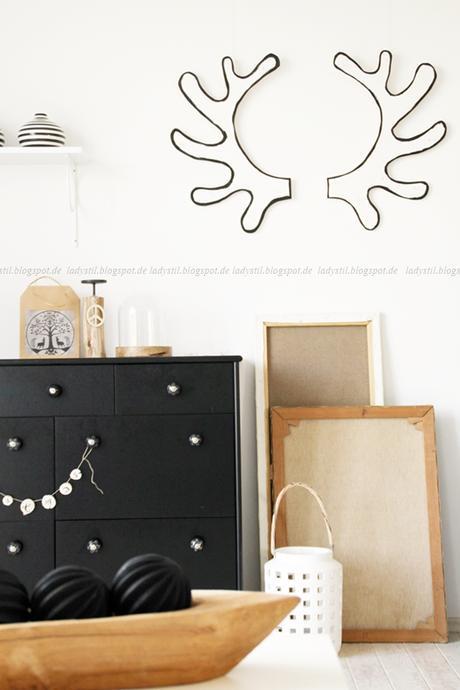 diy weihnachtsdeko oder mal eben ein geweih upcyceln. Black Bedroom Furniture Sets. Home Design Ideas