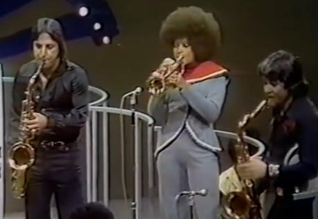 Thank you Sly & the Family Stone LIVE ! on soul train