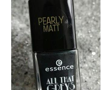 [Nails] #nailsreloadedchallenge mit essence ALL THAT GREYS 01 BACK TO BLACK