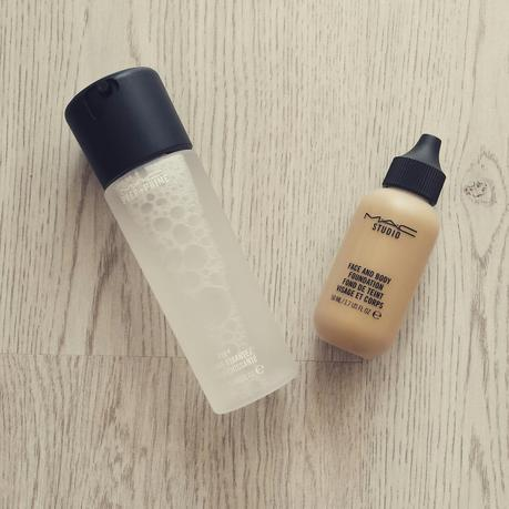 Mac Preep + Prime Fix+ Spray & Mac Studio Face and Body Fundation Review