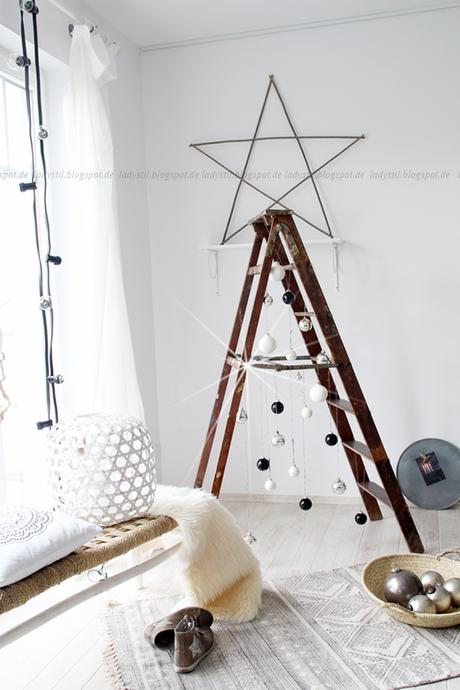 diy leiter weihnachtsbaum. Black Bedroom Furniture Sets. Home Design Ideas
