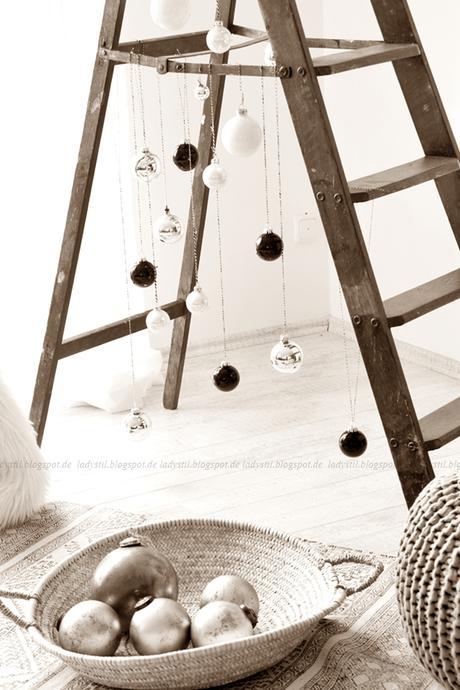 diy leiter weihnachtsbaum. Black Bedroom Furniture Sets. Home Design Ideas