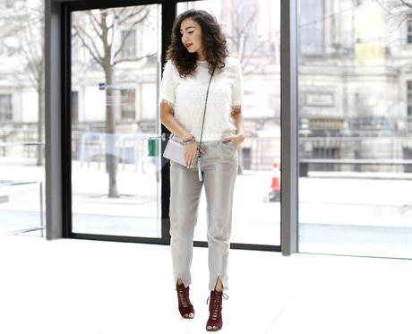 Dinner Outfit New Years Eve silver pants white fluffy top zara fashionblog outfit blog samieze inspiration silvester look metallic trousers H&M marc b