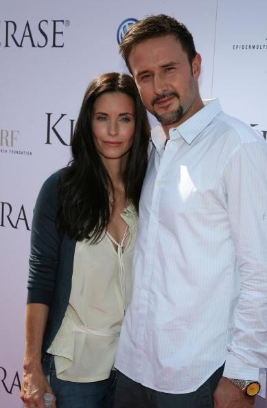 SANTA MONICA, CA - SEPTEMBER 29:  Actors Courtney Cox and David Arquette arrive at the Kinerase Skincare Celebration on the Pier hosted by Courtney Cox to benefit the EV Medical Research Foundation on September 29, 2007 at the Santa Monica Pier in Santa Monica, California.  (Photo by Frazer Harrison/Getty Images)