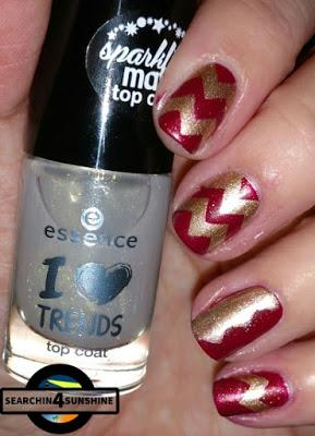 [Nails] Lackie in Farbe und ... bunt! GOLD mit essence 10 do you hear the jingle bells? & 13 rudolph's favorite