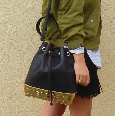 Outfit: Frings and Moschino Bag