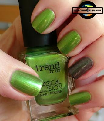 [Nails] Meine Weihnachtsnägel mit trend IT UP MAGICAL ILLUSION 030 & p2 the FUTURE is mine 040 solar eclipse