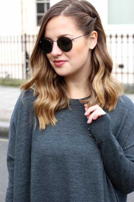 grey dress & other stories frankfurt blogger chanel brosche 3