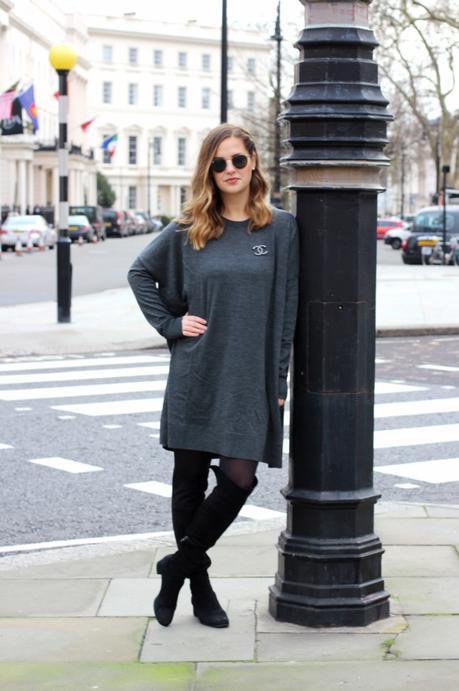 grey dress & other stories frankfurt blogger chanel brosche 1