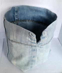 [Upcycling] Von der Jeans zum Blumentopf