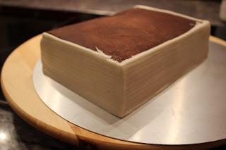 buch torte literary cake zum 50 geburtstag. Black Bedroom Furniture Sets. Home Design Ideas