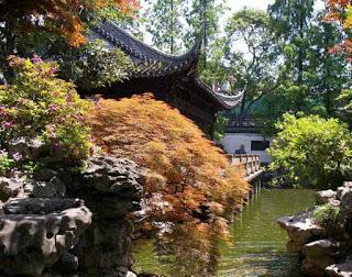 Der Garten des Herrn Ming   Von der Liebe   Gedicht von James Krüss