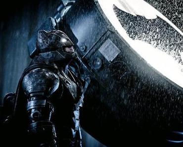 """Die Fledermaus sieht auch im Dunkeln - """"Batman v Superman"""" ist zappenduster!"""