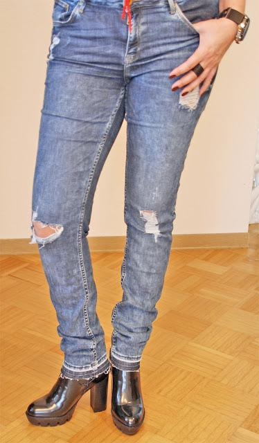 Up to what age you can wear distressed jeans?