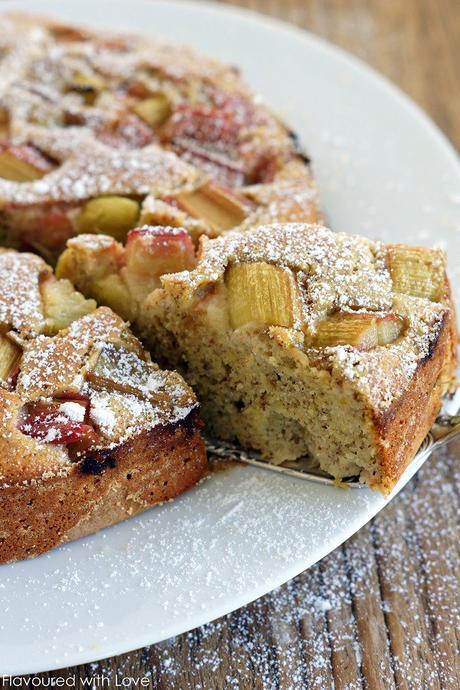 Rhabarber polenta kuchen for Kuchen unterschrank 150 cm
