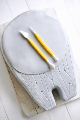 Millennium Falcon Star Wars Cake - 3 D Torte